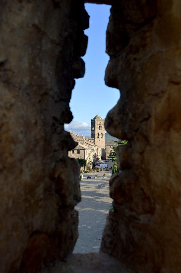 muralla-iglesia