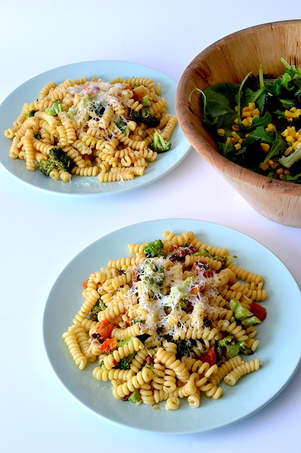 espirales-con-brocoli-tomates-y-pesto-ays-18